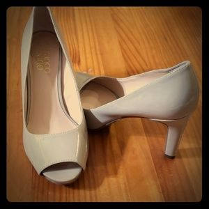 EUC - Franco Sarto Peep Toe Nude Heels